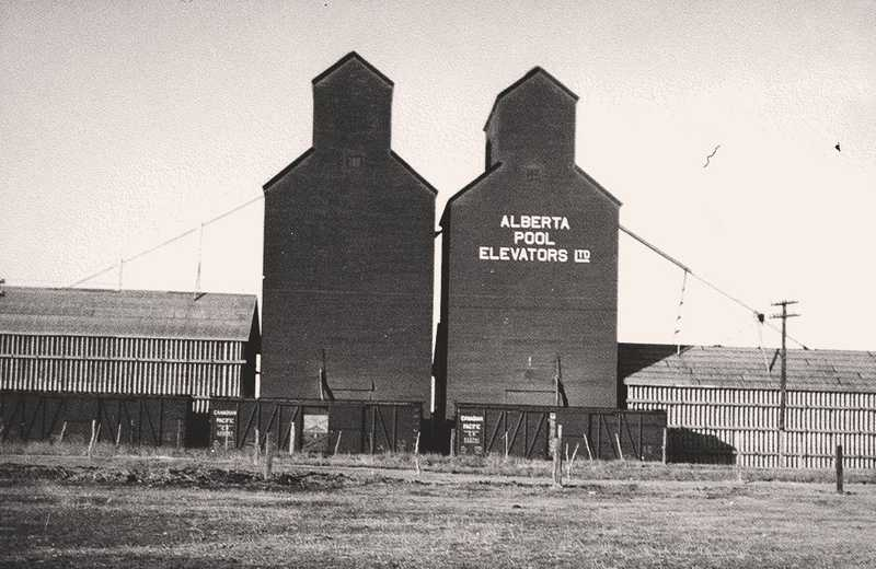 Nose Creek Valley Museum - Airdrie Grain Elevators